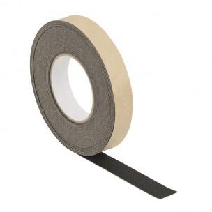 http://sklep.wykladziny.pl/2558-thickbox/183m-25mm-przeciwposlizgowa-wkladka-karborundowa-czarna.jpg